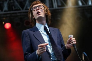 Jarvis Cocker Throws Around Some Glitter