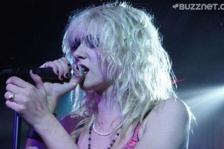 Courtney Love Is Not All That Convinced By Taylor Momsen