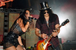 I Have An Idea: Let's Make Nicole Scherzinger The New Lead Singer Of Velvet Revolver