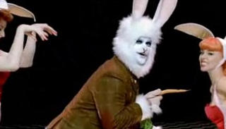 "The Five Best Things About Robbie Williams' ""You Know Me"" Video, Aside From The Obviously Amazing Rabbit Suit Robbie Wears"