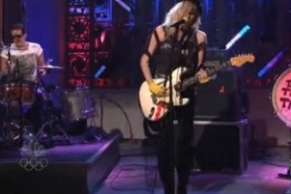 The Ting Tings Perform A Pair Of Familiar Hits On 'SNL'
