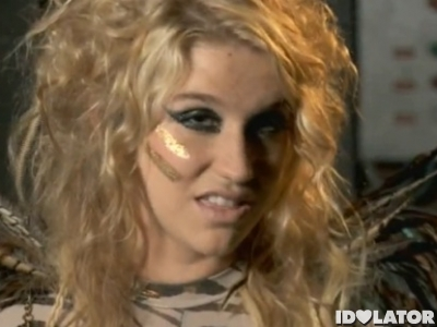 Ke$ha Styrofoam Britney Spears diss