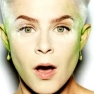"""Robyn Goes Robo-Electro On """"Fembot"""""""