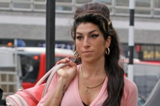 The Morning Mix: Amy Winehouse Doesn't Look Like A Hot Mess For Once
