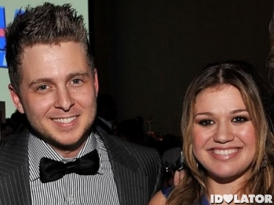 Kelly Clarkson Ryan Tedder Wash Rinse Repeat Halo Already Gone