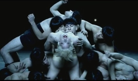 Lady Gaga Alejandro men video