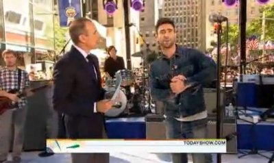 Adam Levine Maroon 5 Today Show