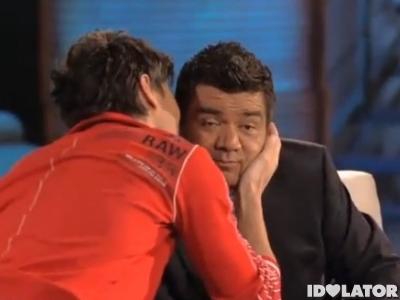 Enrique Iglesias kiss George Lopez kisses I Like It