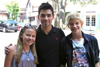 Tween World Collision: Joe Jonas Meets Cody Simpson