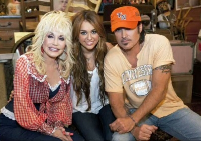 Miley Cyrus Billy Ray Cyrus Dolly Parton 25 Years of Dollywood Jolene duet