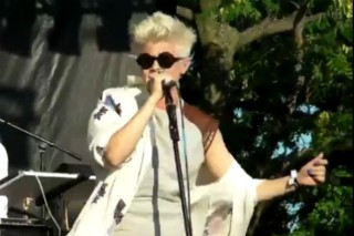 Robyn Lets Her Body Talk At The Pitchfork Music Festival