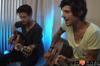 "Hot Chelle Rae Perform ""I Like To Dance"" For Idolator"