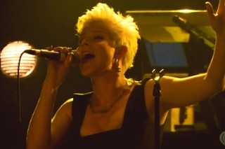 "Robyn Covers Alicia Keys' ""Try Sleeping With A Broken Heart"" For iheartradio"