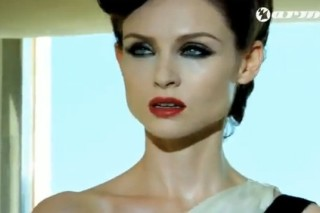 "Sophie Ellis-Bextor Pretties Up Armin Van Buuren's ""Not Giving Up On Love"" Video"