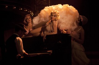 Christina Aguilera Is A Pearl Of A Girl In A New 'Burlesque' Photo Still