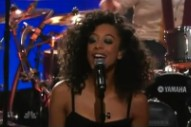 "Corinne Bailey Rae Asks ""Is This Love?"" On The 'Tonight Show'"
