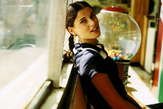 Nelly-Furtado-8