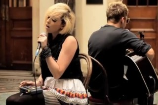"The Ting Tings Go Unplugged With ""Hands"" For BBC Switch"
