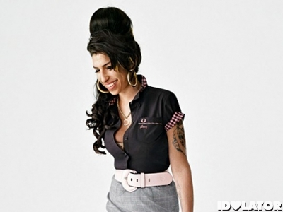 Amy Winehouse Cleans Up Nice For Her Clothing Line (PHOTOS)
