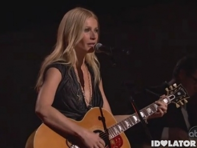 Gwyneth Paltrow 2010 Country Music Association Awards CMAs