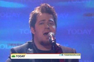 "Lee DeWyze Experiences ""Sweet Serendipity"" On The 'Today Show'"