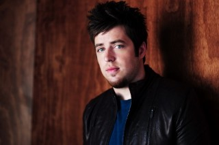 "Listen To Lee DeWyze's Album Title Track ""Live It Up"""