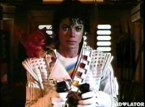 Michael-Jackson-Captain-EO