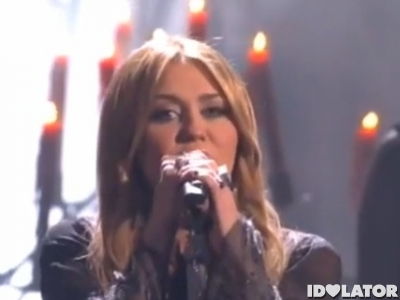 miley-cyrus-ama-2010-performance