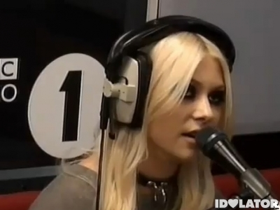 taylor-momsen-fk-you-bbc