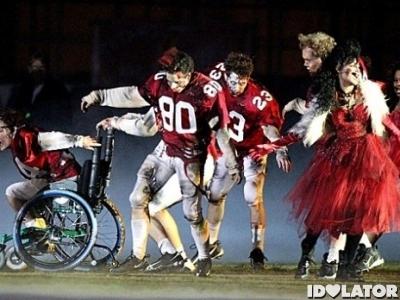 Glee Thriller Super Bowl Heads Will Roll