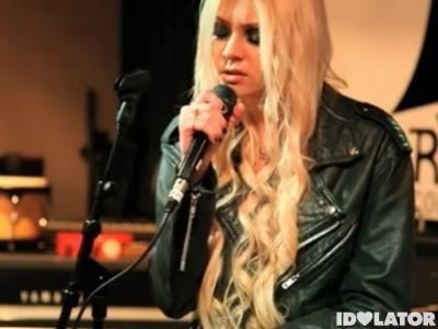 Taylor Momsen Live