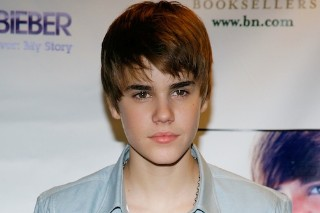 The Morning Mix: Justin Bieber's Hair Apparently Worth $40,000