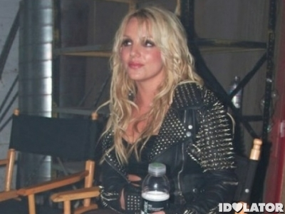 Britney-on-setTill-The-World-Ends-video