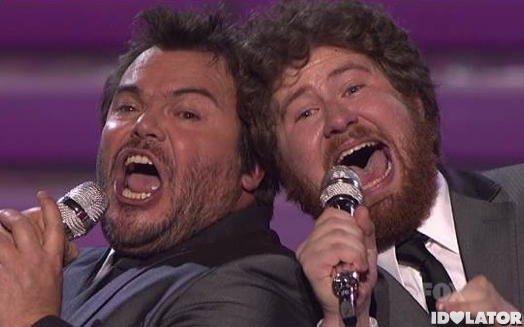 Casey-Abrams-with-Jack-Black-Fat-Bottomed-Girls-American-Idol-Finale
