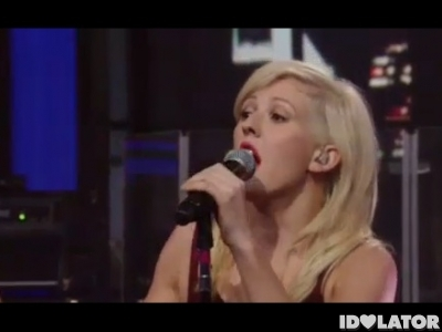 Ellie Goulding Lights Regis and Kelly Live