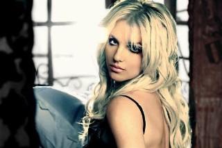 "Britney Spears Shamelessly Announces ""I Wanna Go"" As Her Next Single"