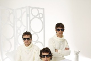 "The Lonely Island Dresses Snoop Dogg Up In A ""Turtleneck & Chain"""