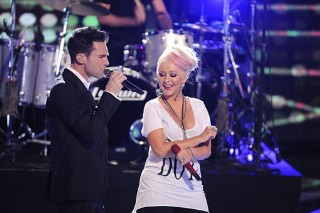 Adam Levine And Christina Aguilera Move Like Jagger On 'The Voice'