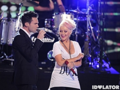 Adam Levine Maroon 5 Christina Aguilera Moves LIke Jagger The Voice