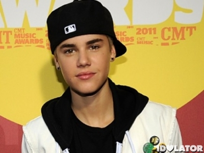 Justin Bieber CMT Awards