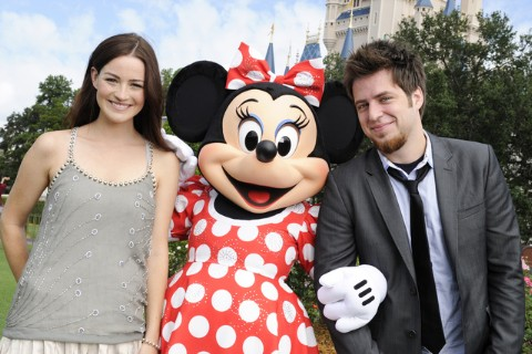 The Morning Mix: 'Idol' Champ Lee DeWyze Is Engaged