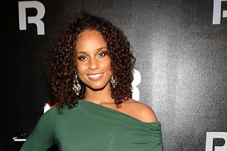 Alicia Keys Is Green With Envy At Reebok Event (PHOTOS)