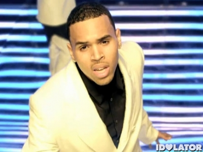 chris-brown-she-aint-you