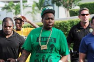 Sean Kingston Rocks Cast With Swag On Set Of New Video