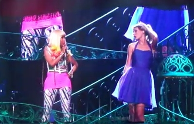 Nicki Minaj Taylor Swift Super Bass Los Angeles live Speak Now Tour