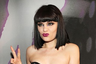 Jessie J: 2011 MTV VMA Black Carpet (PHOTOS)