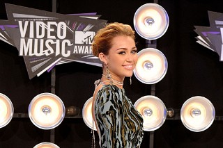 Miley Cyrus: 2011 MTV VMA Black Carpet