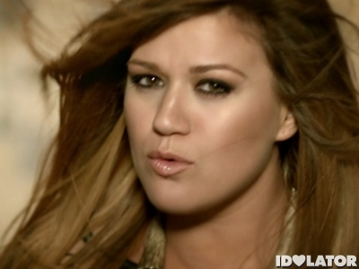 Kelly Clarkson Mr. Know It All music video