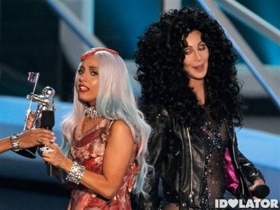 Lady-Gaga-Cher-MTV-VMAs-20101