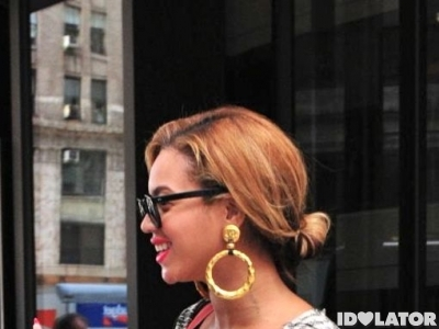 Beyonce And Her Baby Bump Step Out In NYC (PHOTOS)